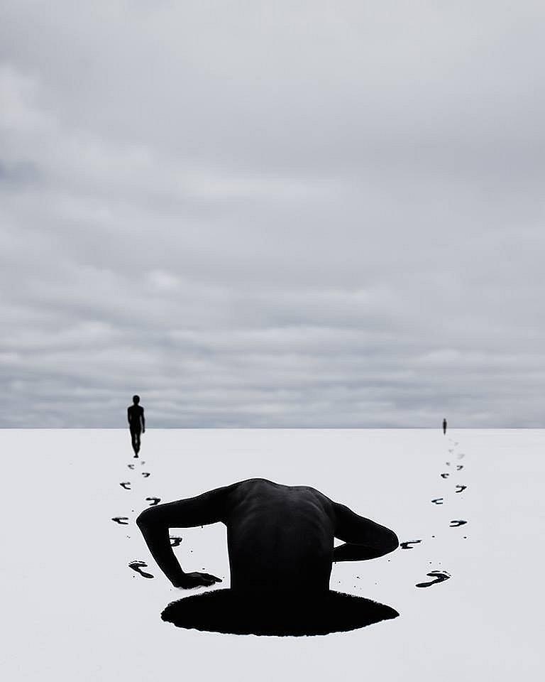 La obra de Sean Mundy vale la pena porque pone en evidencia lo más difícil de aceptar: que lo real es la verdadera pesadilla...