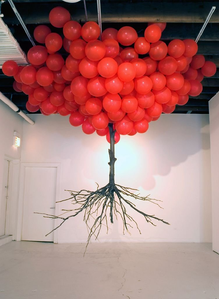 """MyeongBeom Kim"" ""Untitled - Tree and Ballons"" ""Artistic Installation"" ""Urban intervention"" streetart ""Contemporary art"" ""Modern art"" museum gallery exhibition"