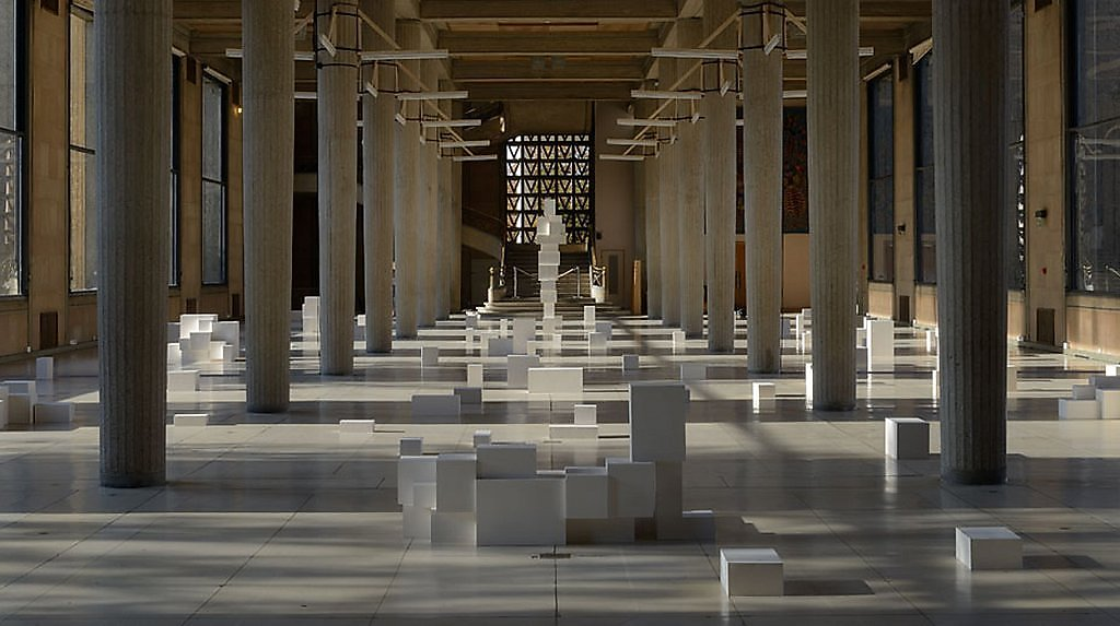 """Antony Gormley"" sculpture installation ""contemporary art"" museum exposition gallery ""urban intervention"" architecture"