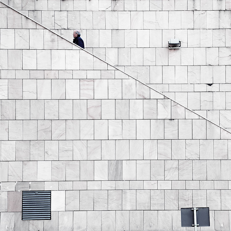 Giorgio Stefanoni Unknown geometries photo series italian photographer minimalist architecture beautiful colors and spaces