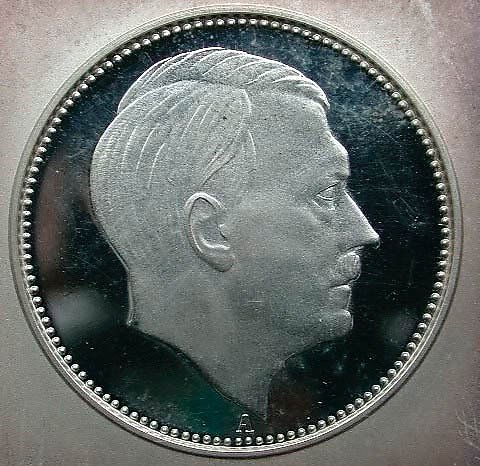 historic-currency-bills-coins-hitler-coin-world-war-II